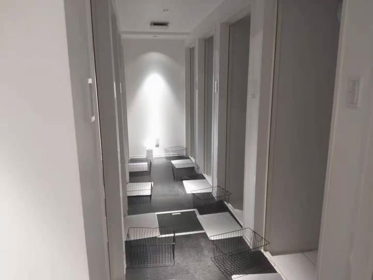 バーネススタイル銀座のシャワールーム